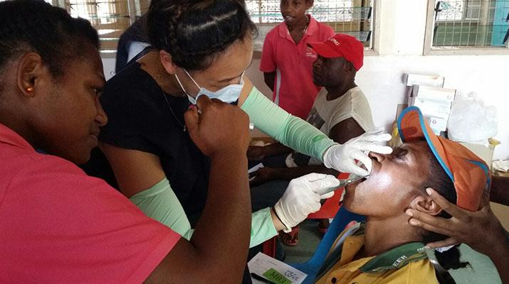 PNG 의료 봉사